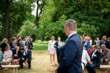 Netradicni_svatba_v_prirode_v_obore_svatebni_fotograf_Kutna_Hora05