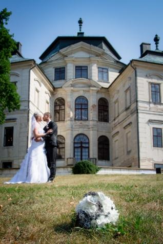 3_Svatba_na_zamku_Karlova_Koruna_v_Chlumci_nad_cidlinou_svatebni_fotograf29