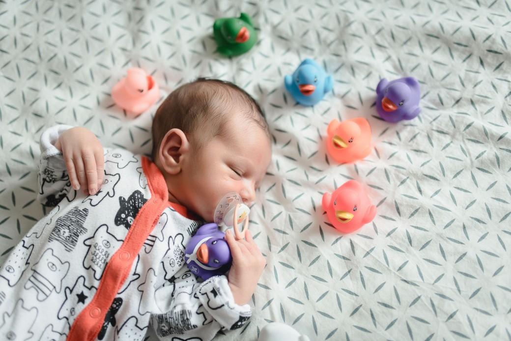 Newborn_foceni_Kolin_rodinny_fotograf_003