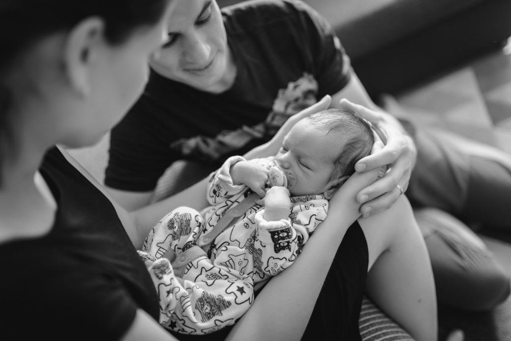 Newborn_foceni_Kolin_rodinny_fotograf_004